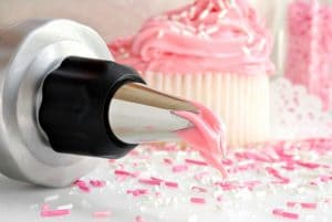 Piping Nozzles, Bags, Couplers and Icing Sets