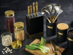 Metallics Storage Range